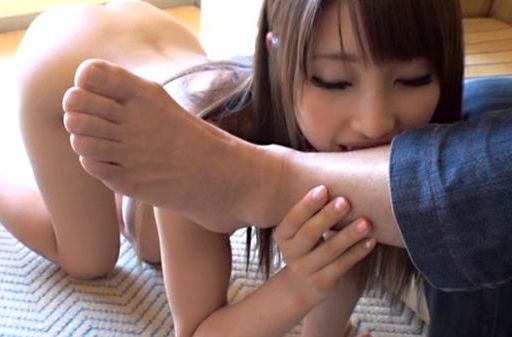 Nasty chick Shunka Ayami Japanese masturbation action