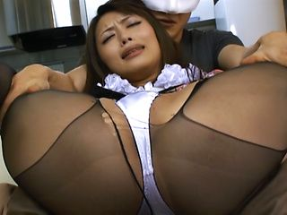 Sultry Asian milf in black pantyhose Ayu Sakurai gets fingered enjoys headfuck