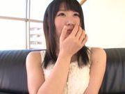 Kinky Japanese girl Akari Ozaki reveals her fantastic boobs