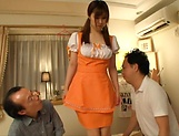 Rihara Honoka enoys a kinky dick riding