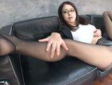 Arousing Kaede Niiyama pleases with her feet