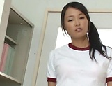 Horny chick Ai Yuzuki performing a sensational blowie