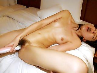 Sexy babe Karina Nishida gets rammed seriously