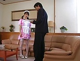 Horny maid Hikaru Hozuki gives a sizzling blowjob picture 1