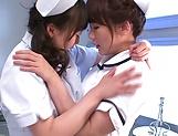 Hazuki Nozomi enoys a nasty lesbo action