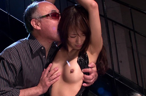 Toy insertion for horny Japanese babe Saki Kouzai