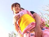 Horny Japanese girl gets nailed in outdoor park