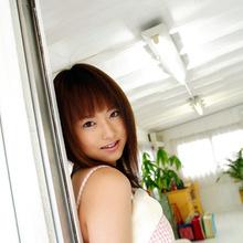 Akiho Yoshizawa - Picture 3