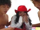 Ami Yamazaki Cowgirl Threesome Creampie picture 12