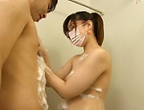 Sakura Chinami giving a worthy head in shower picture 12