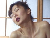 Hot Japanese milf, Maria Yuuki solo masturbation is exposed picture 14