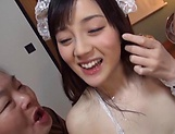 Suzuhara Emiri enjoys giving spicy head picture 12
