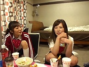 College girls sharing the same dick in sloppy group action scenes