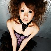 Hinano Momosaki