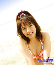 hitomi - Picture 17