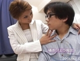 Hotaru Akane Naughty Japanese Model Gives Nice Blowjobs picture 1