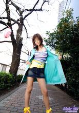 Maki Hoshino - Picture 1