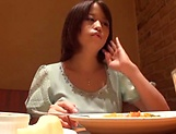 Japanese babe loves the buzzing vibrator. picture 15