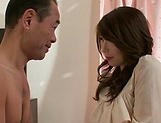 Aymi Shinoda moans while having her pussy pumped well picture 6