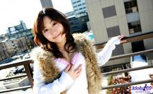 Momo Yoshizawa - Picture 21