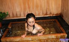 Momo Yoshizawa - Picture 29