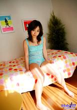Momo Yoshizawa - Picture 52