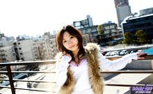 Momo Yoshizawa - Picture 7