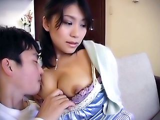 Nao Hazuki enjoys a sweet titty fuck session