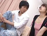 Japanese hot chick gets her hairy cunt screwed