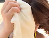 Sex on the beach along young Ayumi Shunka picture 8