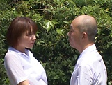 Hotaka Yuka and friend in wild outdoor fucking picture 13