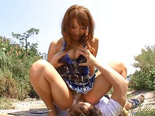 Nice JP babe in short skirt, Mao Kurata gets banged on the beach