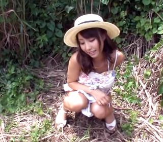 Asian babe Shunka Ayami gives a hot tit fuck and blowjob outdoors