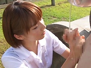 Hotaka Yuka sucking one large dong properly