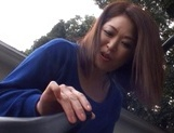 Shameless Japanese mature Natsuko Kayama masturbates and fucked outdoors