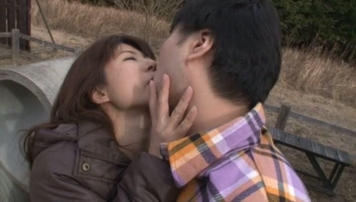 Horny milf, Naomi Sugawara sucks cock outdoors