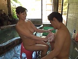 Mature beautiful Miyabe Suzuka loves sex
