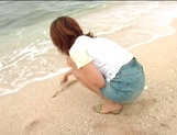 Sensual pov beach fuck with curvy Asian milf Aki Katase picture 3