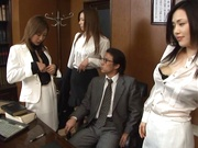 Dirty office group sex alng sleazy Japanese babes