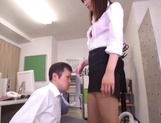 Office lady Hibiki Ohtsuki in sexy pantyhose gives body licking and footjob picture 13