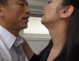 Sexy office girl spices up her time with blowjob