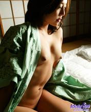 Yui - Picture 36
