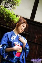 Tomomi - Picture 1
