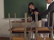 Hirose Yoko performing a worthwhile head