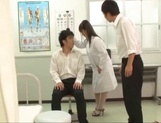 Big titted Asian doctor Mashiro Yuuna gets her shaved pussy played