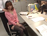 Japanese office milf, Hatano Yui, blows boss for a raise