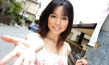 Yui Hasumi - Picture 2