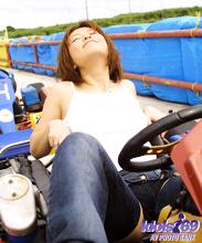 Yuri - Picture 58