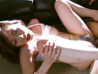 Juicy Asian milf Tamaki Nakaoka gets her head and pussy fucked