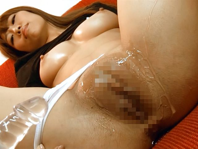 Chisa Hoshino gets licked and deepthroats hunk
